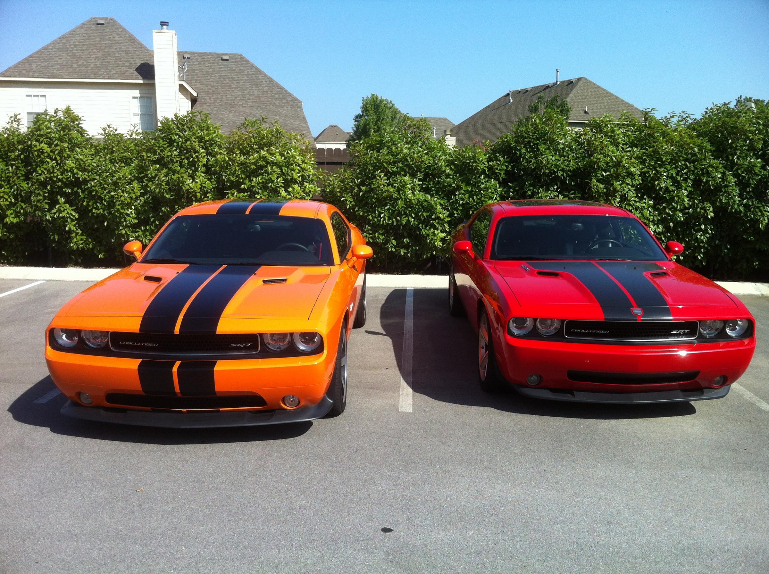 Hemi and Header Orange Challengers-046.jpg