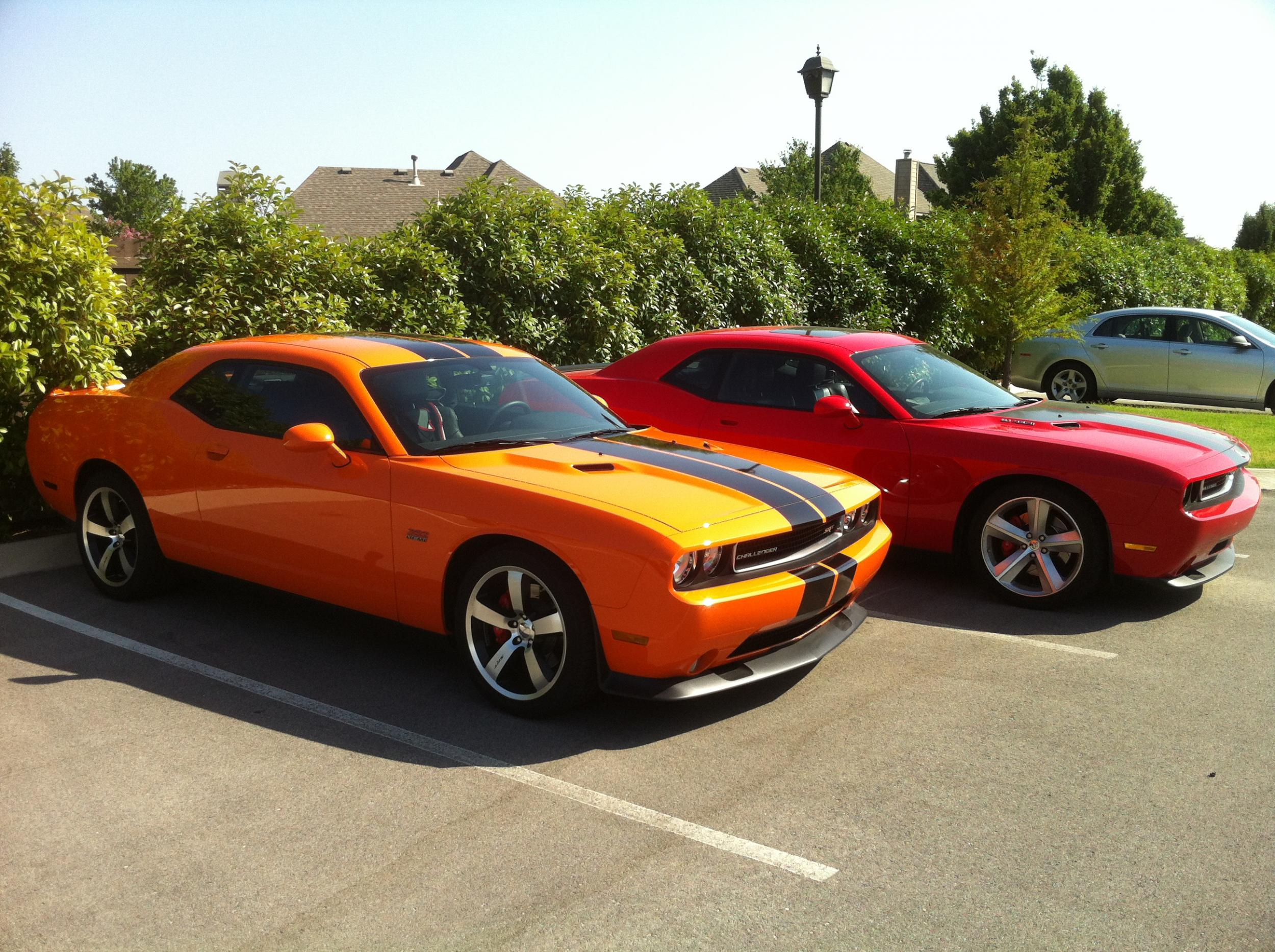 Hemi and Header Orange Challengers-050.jpg