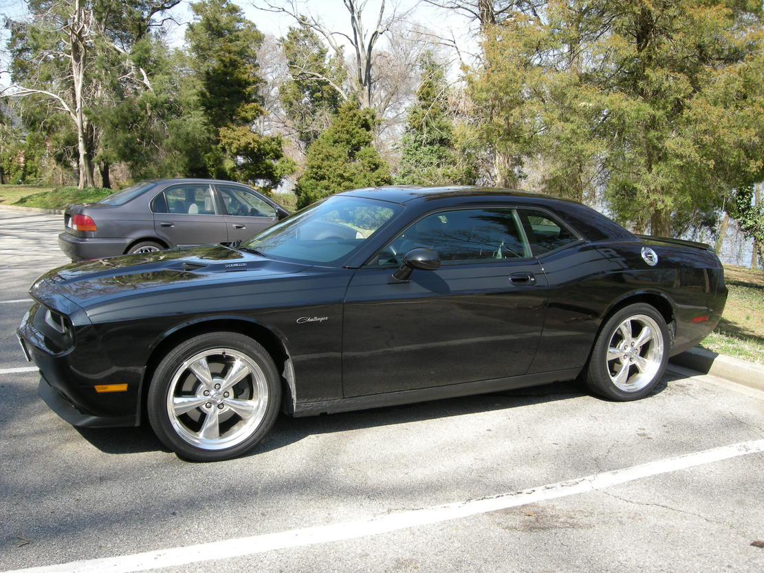 Lets hear from the Black RT's Post em!!-1-april-photos_new-dodge-082.jpg