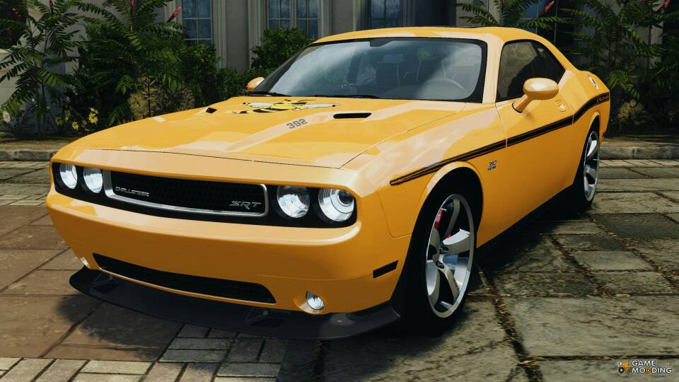 Challenger in GTA 5-1379905043882.jpg