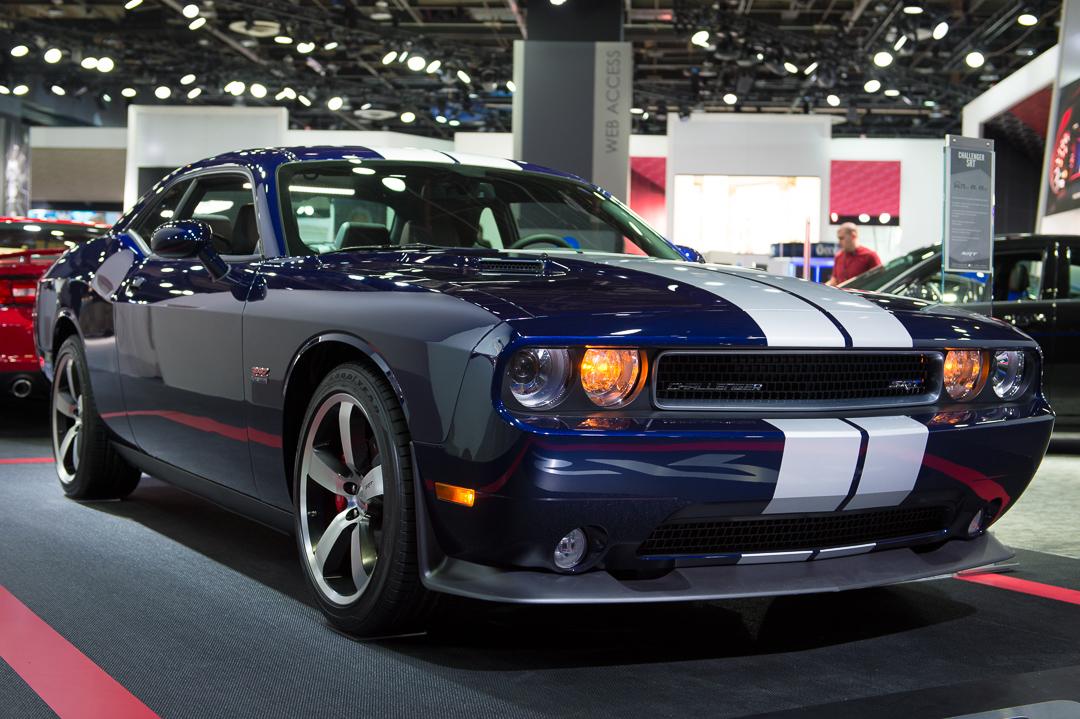 http://www.challengertalk.com/forums/attachments/f170/63643d1363478946-official-2013-srt8-6-4l-plum-crazy-purple-owners-thread-2013-dodge-challenger-srt8-392-hemi-mopar-blau-naias-detroit-9004.jpg