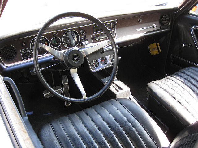 Steering wheel cover suggestions?-4574892643_f172faef91_z.jpg
