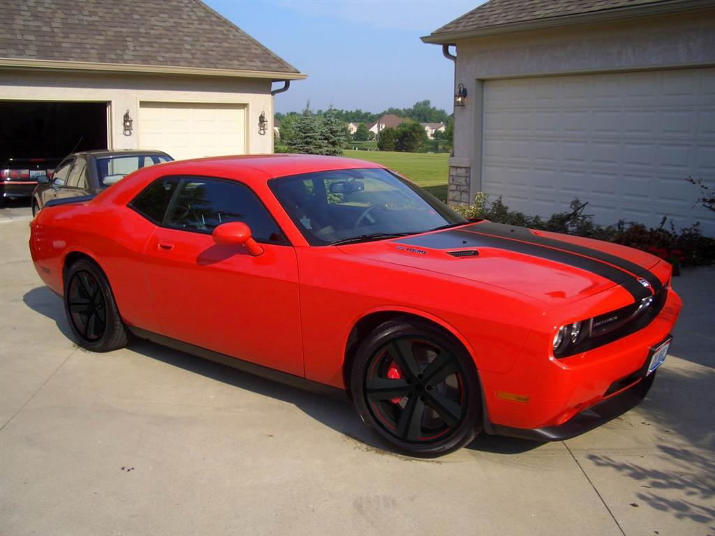 Black SRT Wheel - Page 2 - Dodge Challenger Forum: Challenger & SRT8 Forums