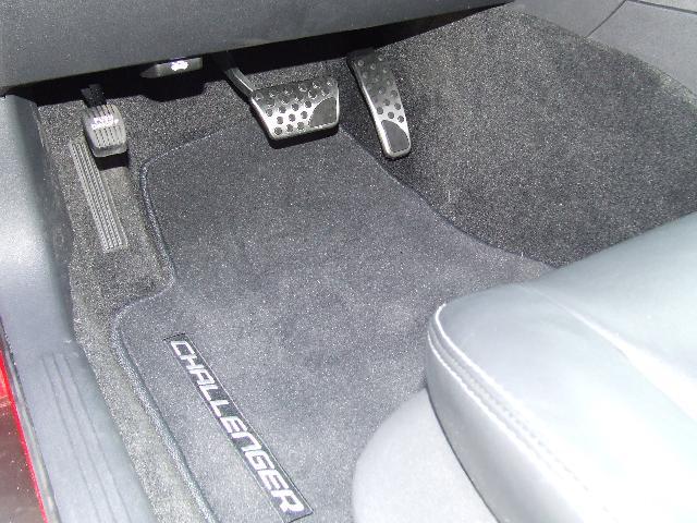 Anyone install SRT gas/break pedals?-bright-pedals.jpg