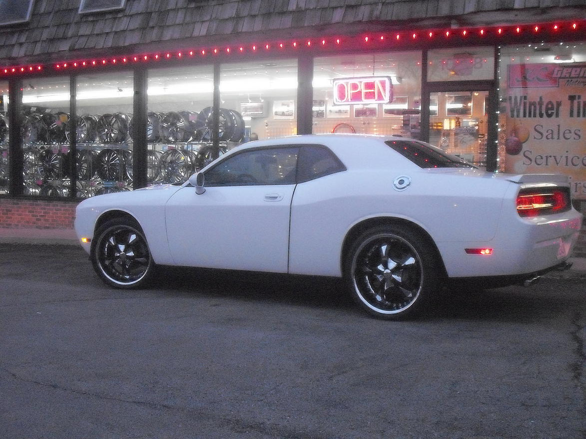 Page 66 - Dodge Challenger