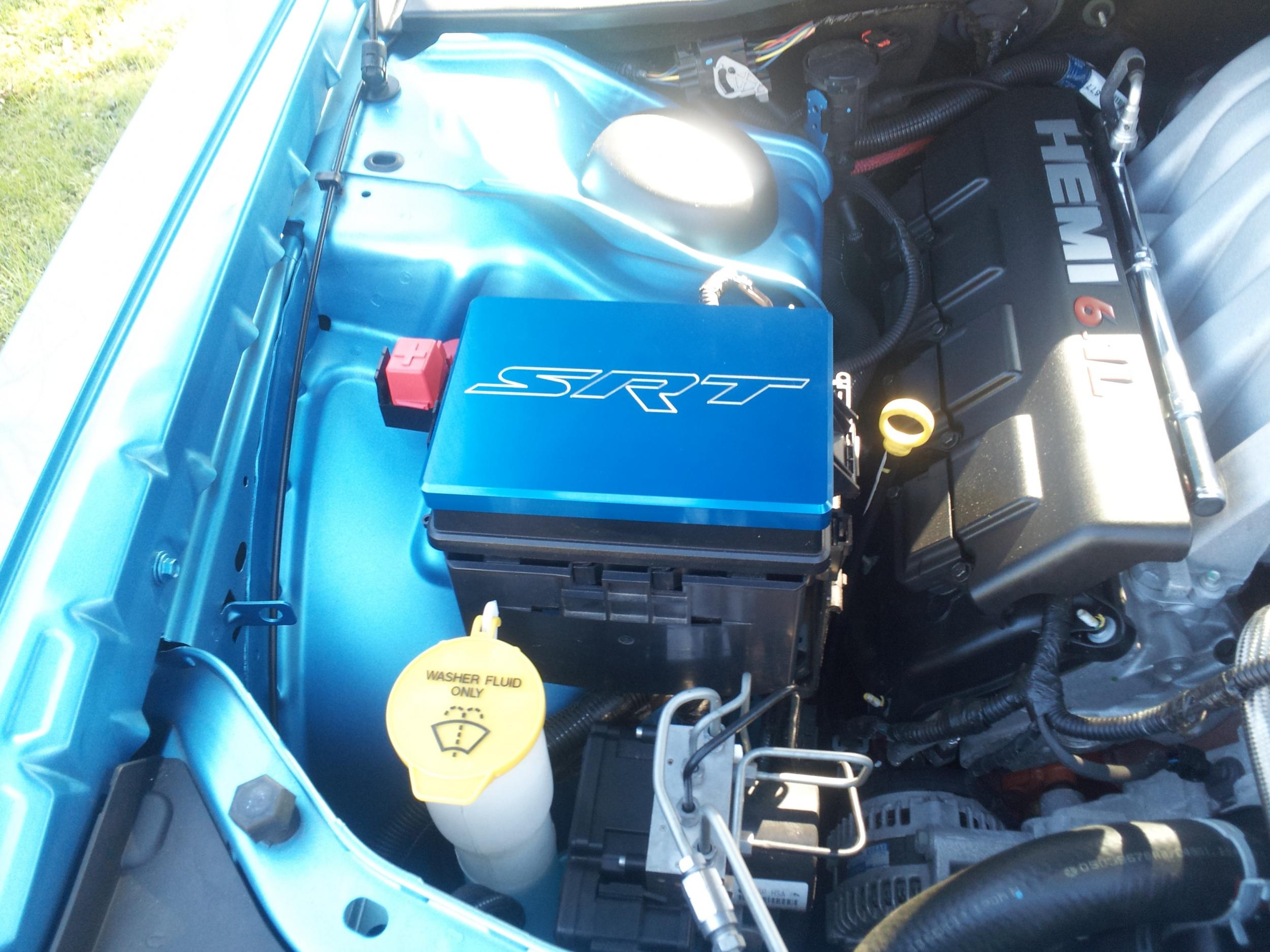 B5 Blue Owners-fuse-box-cover.jpg