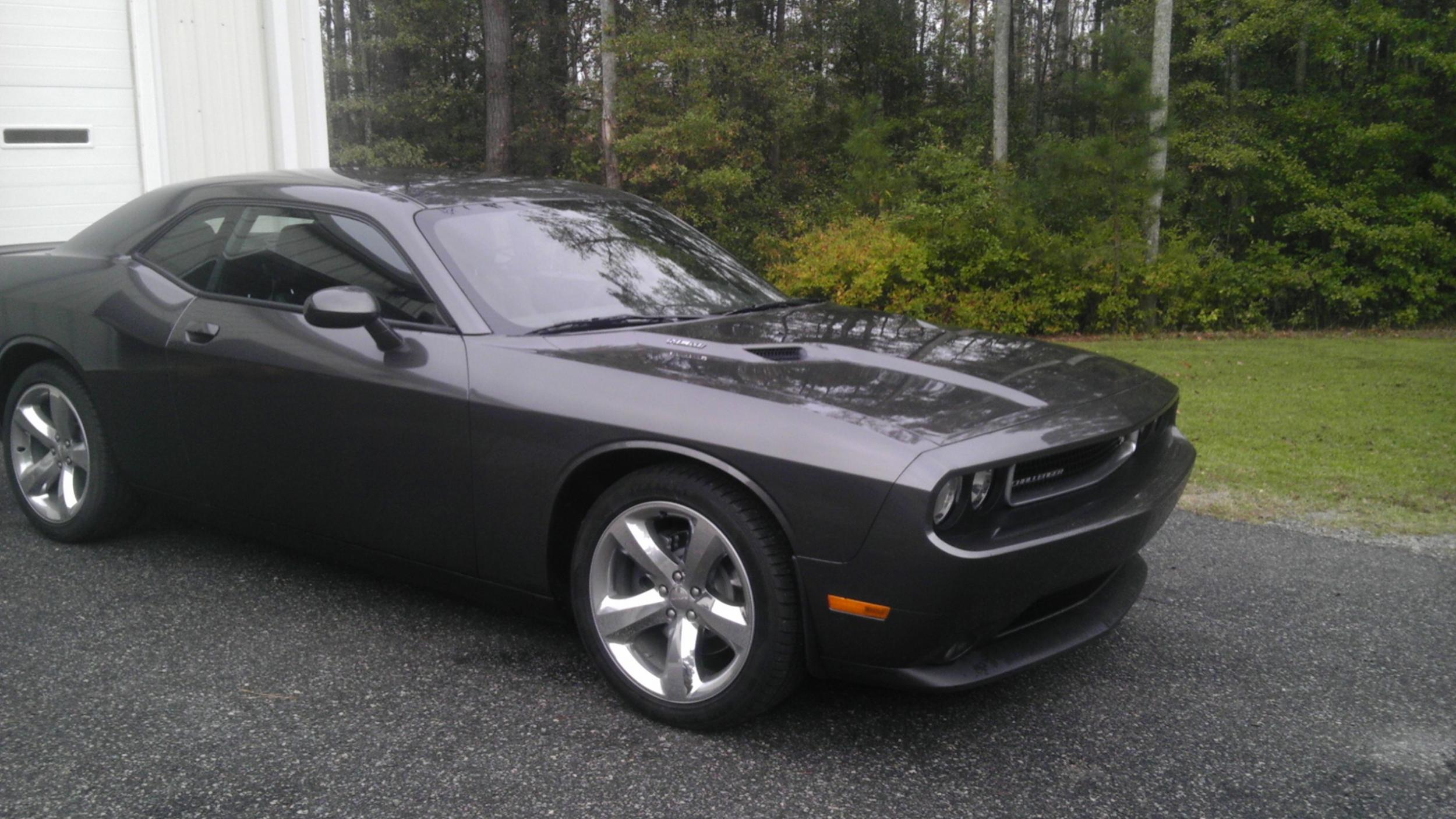 Anyone taken delivery on a 2013 with the Granite Crystal Clearcoat Paint?-imag0410.jpg