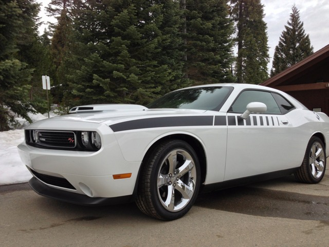 I want to see pics of white Challengers!-imageuploadedbyautoguide1360038091.678309.jpg