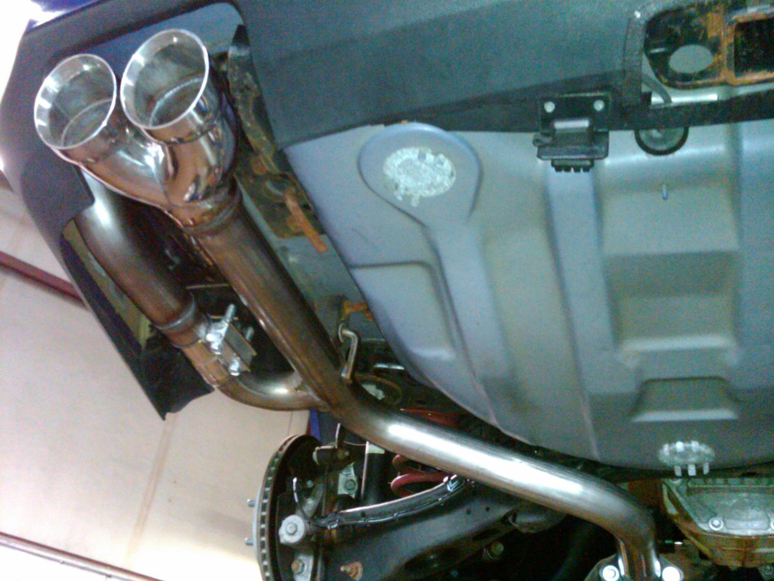 Solo Exhaust Installed-img00026-20120414-0938.jpg