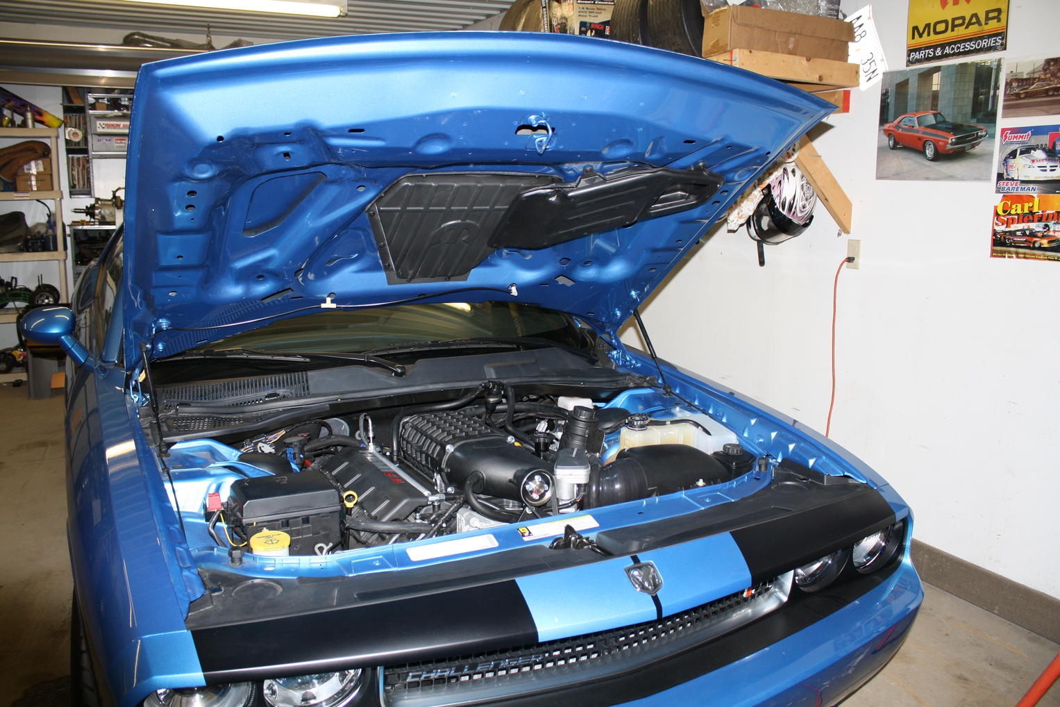 Mopar 10 T/A Hood on SRT 8 ?-img_0238.jpg