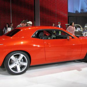 Car_and_Driver_photos_Challenger_Concept26