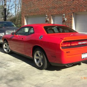 2009 TorRed Challenger R/T 6-speed Track Pak