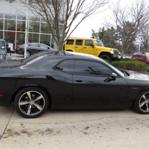 2014_dodge_challenger-pic-7868391516678094580-1024x768